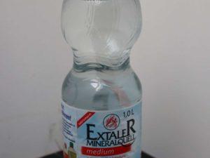 Mittelmäßiges Kohlensäurehaltiges Mineralwasser