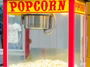 Popcornmaschine zum herstellen von Popcorn