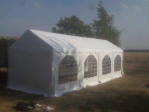 Zelt für größere Veranstaltungen